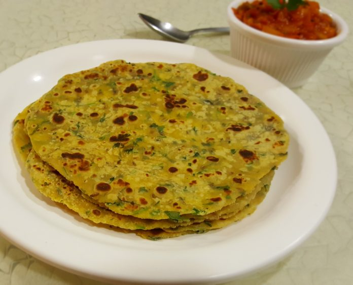 How to make Missi Roti