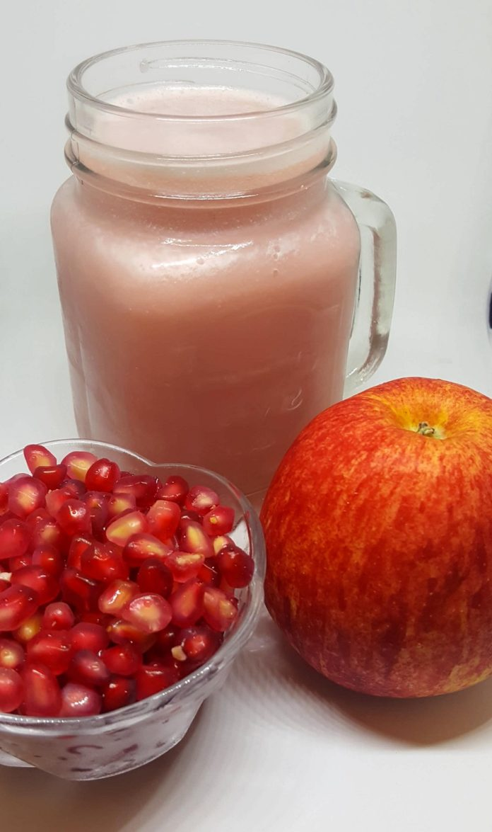 How to make healthy pink fruit juice