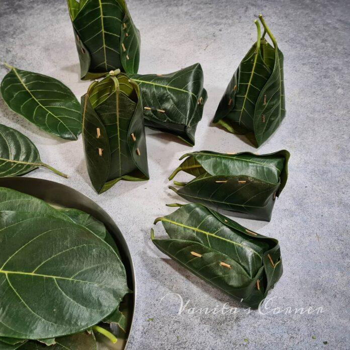 Jackfruit leaves basket