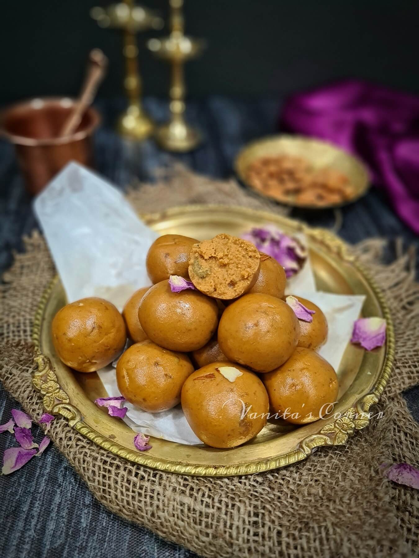 Besan laddoos with jaggery