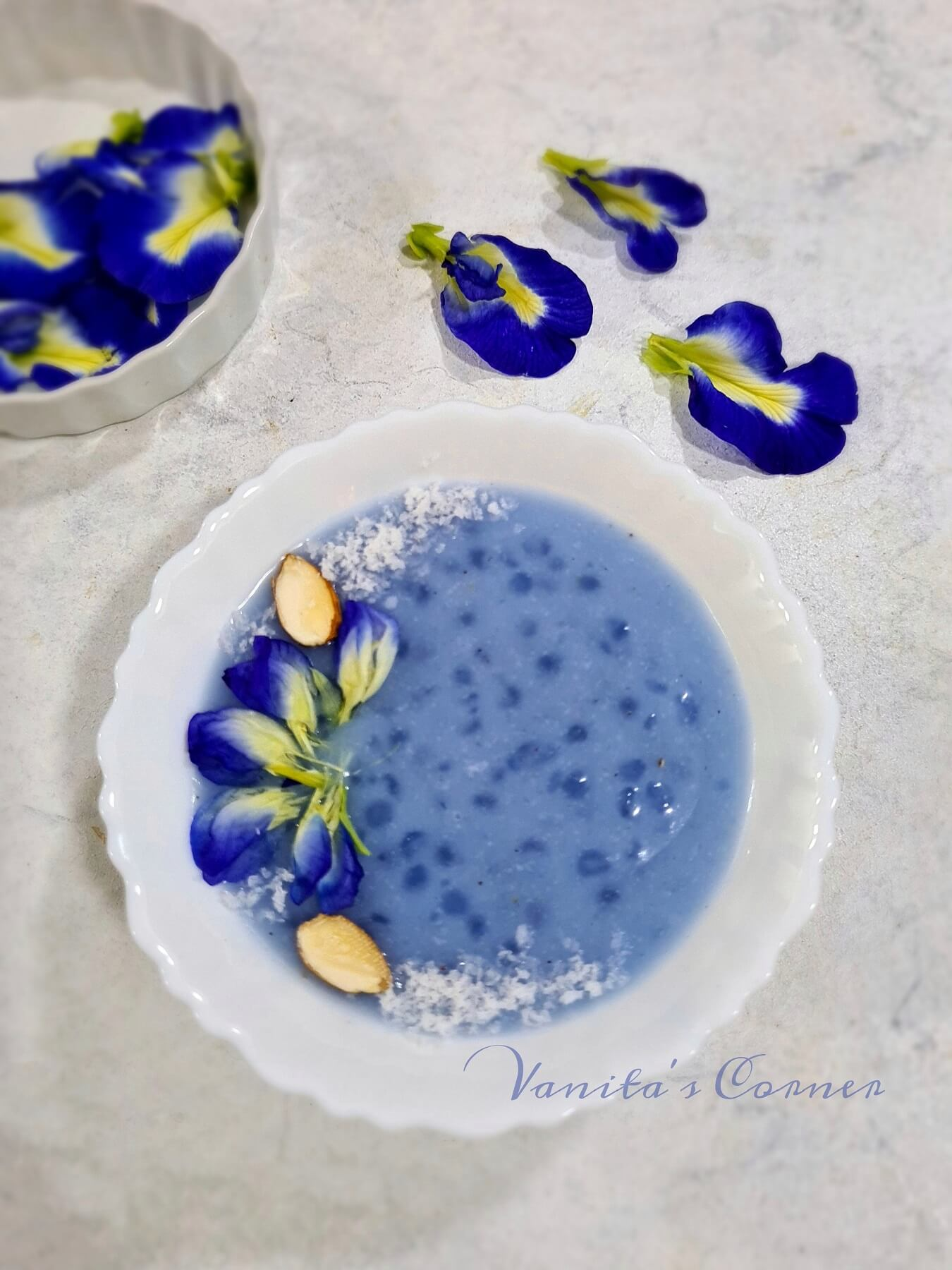Butterfly Pea Flower Sago Pudding